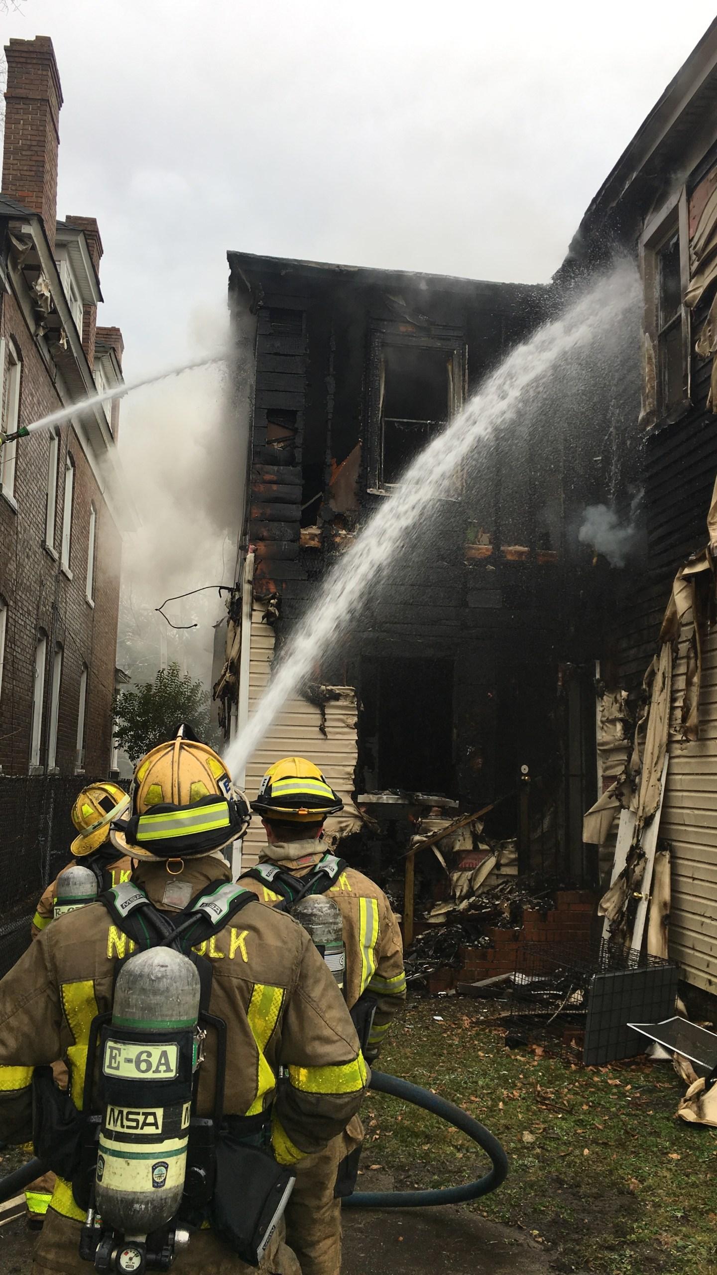Norfolk A Avenue fire_663881