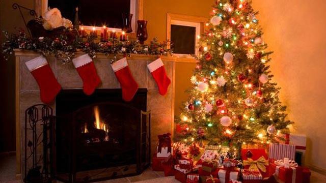 christmas-stockings-fireplace-holiday-christmas-tree_1513899484101_325387_ver1-0_30462887_ver1-0_640_360_661862