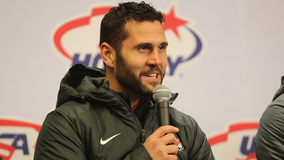 brian-gionta-press-conference-gettyimages-900383126_686102