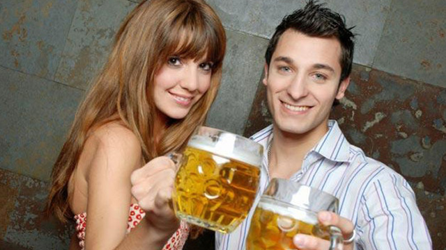 couple-drinking-beer_1517349143470_337747_ver1-0_32941946_ver1-0_640_360_687679