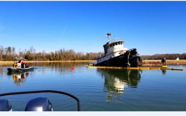 nn cg submerged tugboat (2)_682582