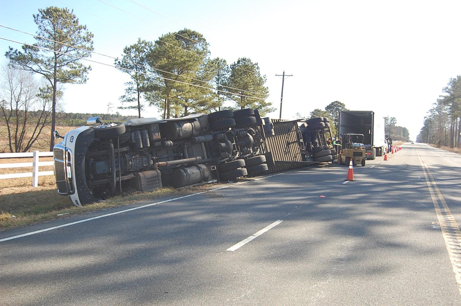 IOW Tractor-Trailer Crash_680349