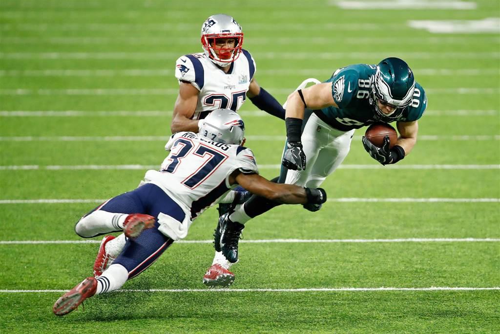Eagles Patriots Super Bowl LII_690220