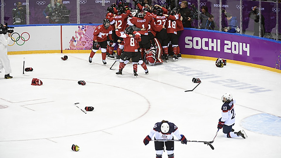 getty-united-states-canada-womens-hockey-sochi1_696536