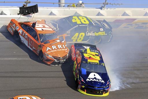 NASCAR Daytona 500 Auto Racing_701070