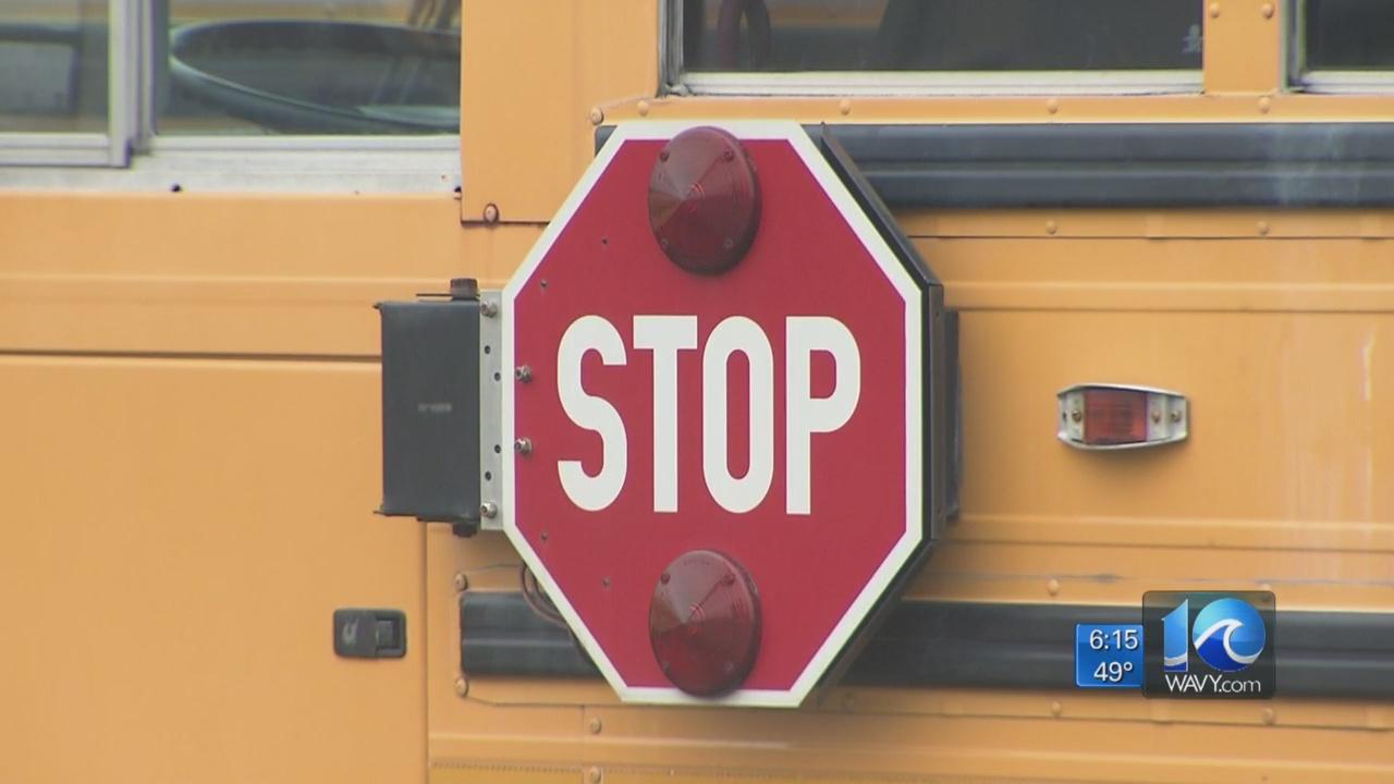school-bus-stop-sign-generic_466972