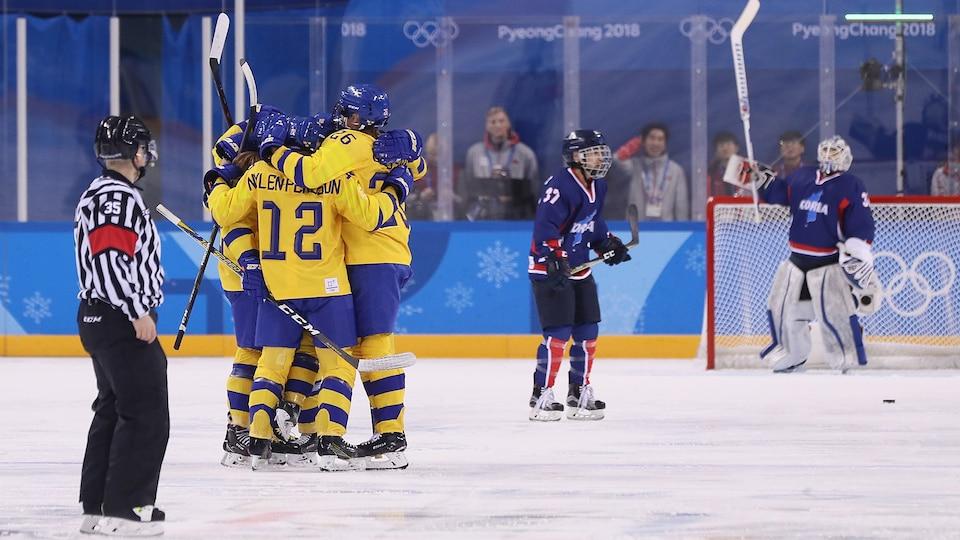 sweden_celebrates_swe-cor_695725
