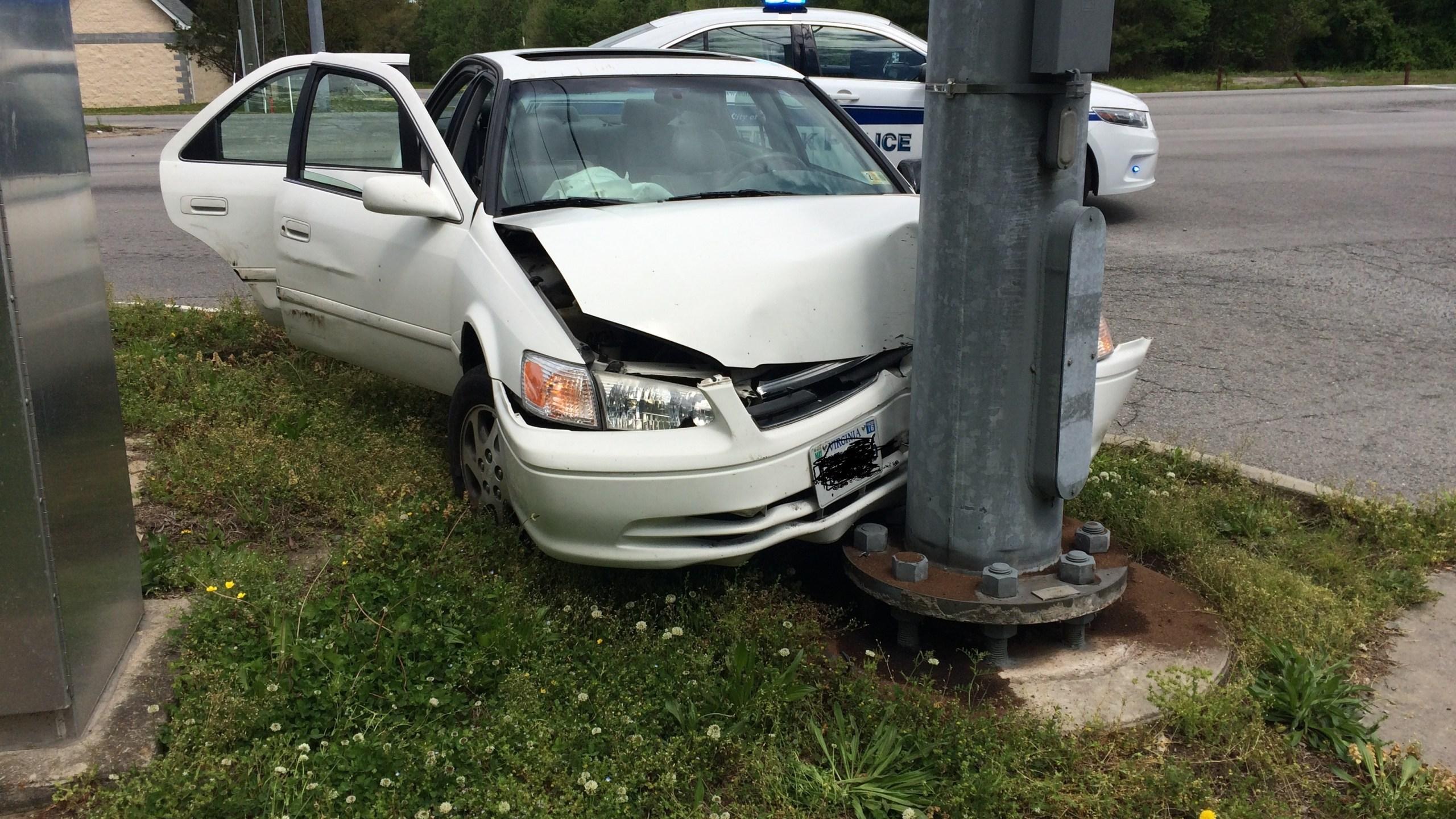 Crash Toyota Camry Suffolk