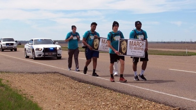 teens marching for king_1522587806494.jpeg_38793486_ver1.0_640_360_1522644221953.jpg.jpg