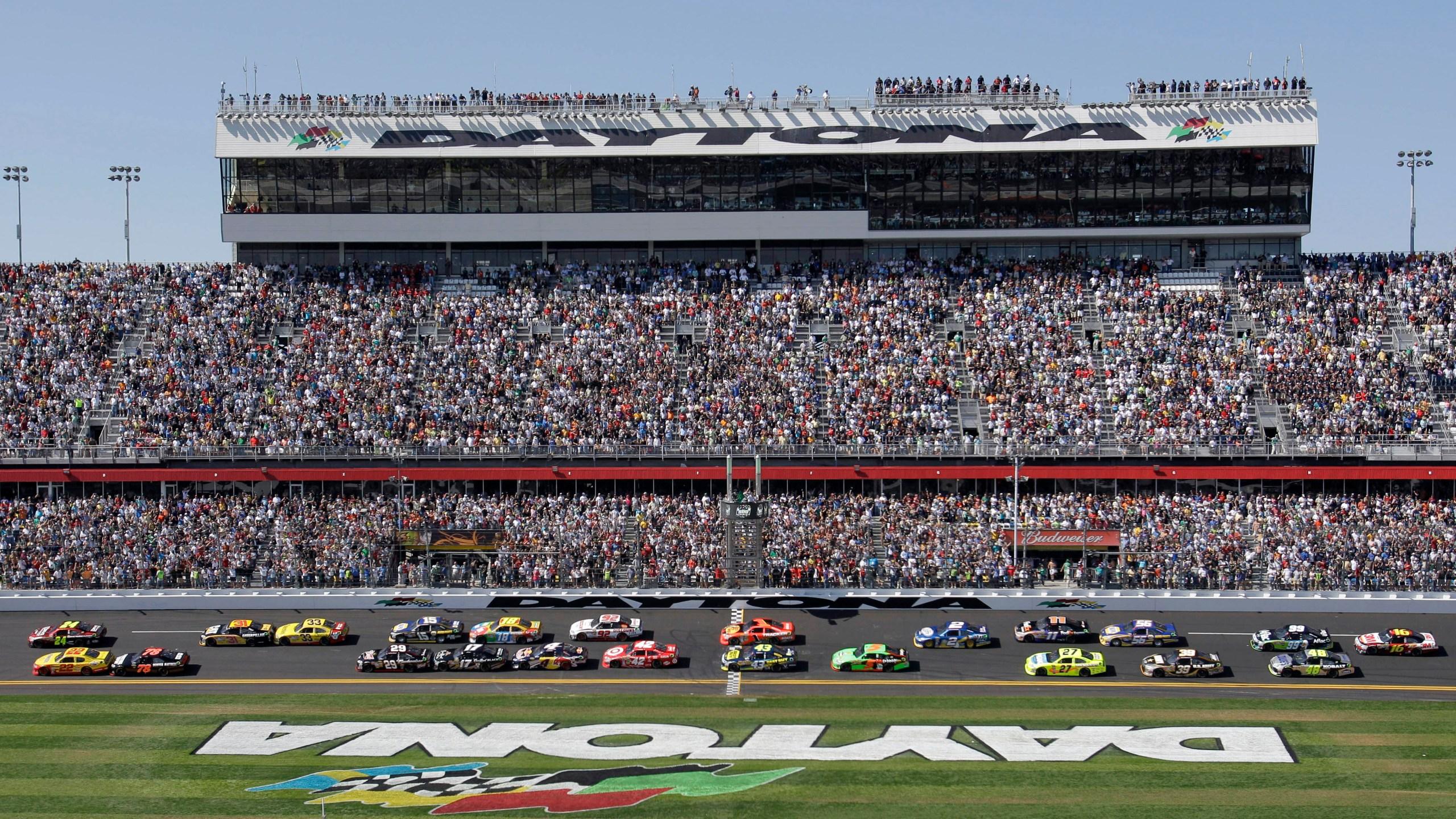 NASCAR Daytona Toyota Auto Racing_1526073175658