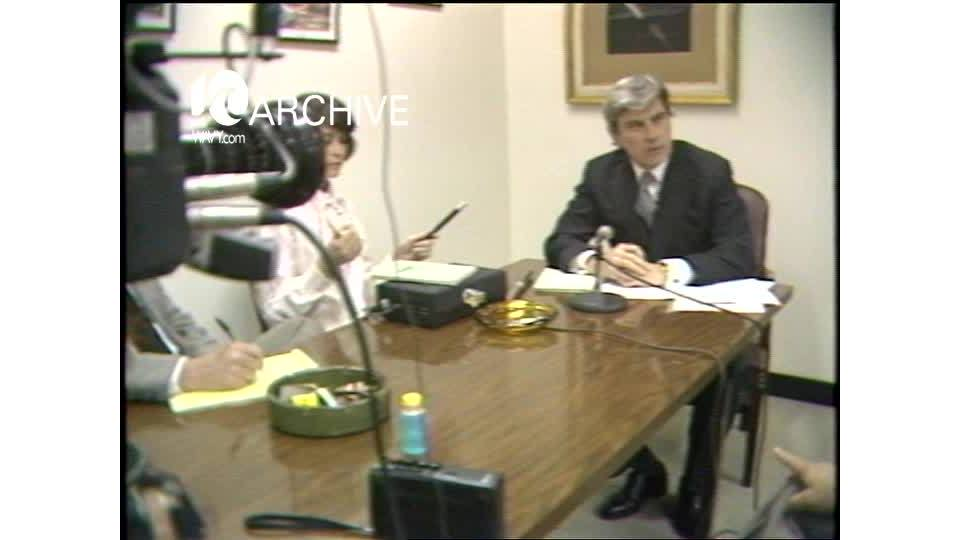 WAVY Archive: 1981 Senator Warner