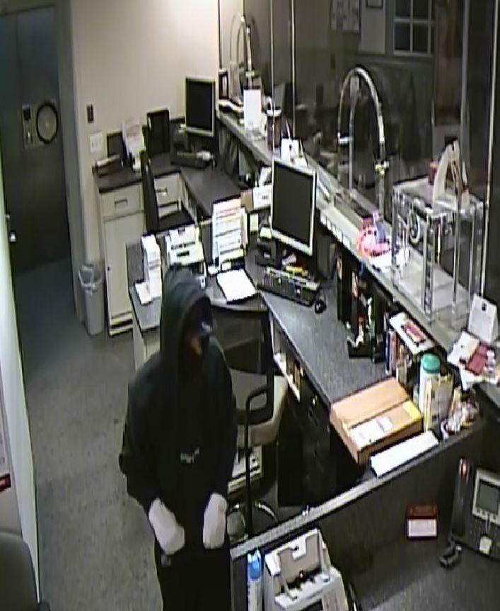 norf cromwell dr robbery (2)_1528573808667.JPG.jpg