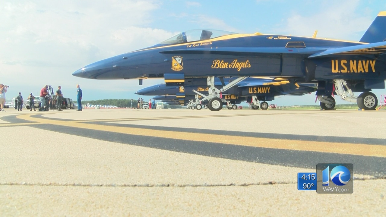 blue-angels-oceana-air-show_377131