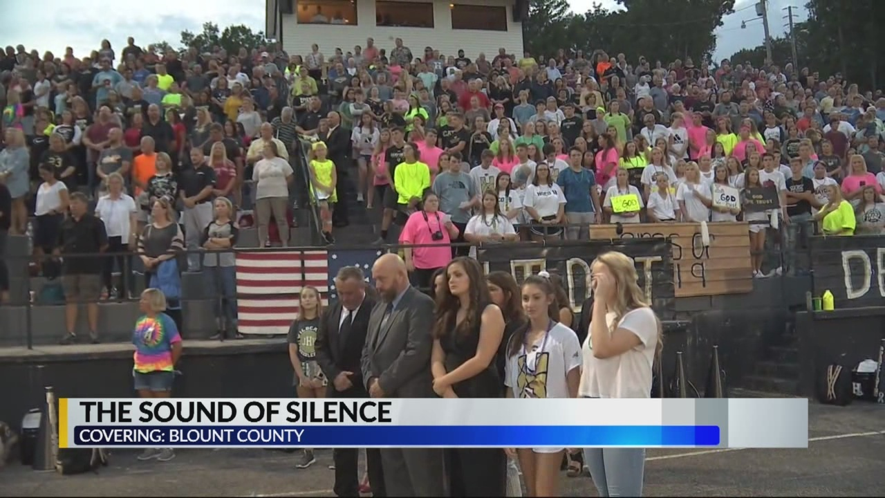 Blount_Co_schools_pray_together_during_m_0_20180922033520-842137438