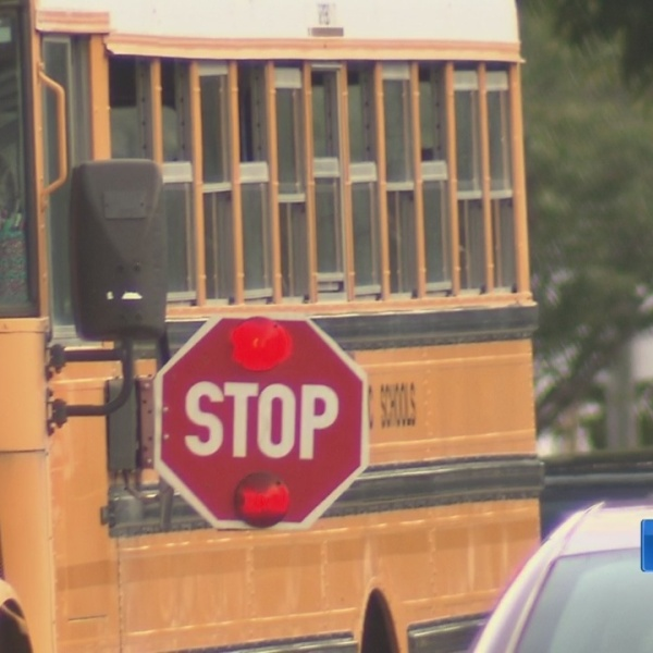 Drivers_be_alert__School_buses_are_back__0_20180903224640