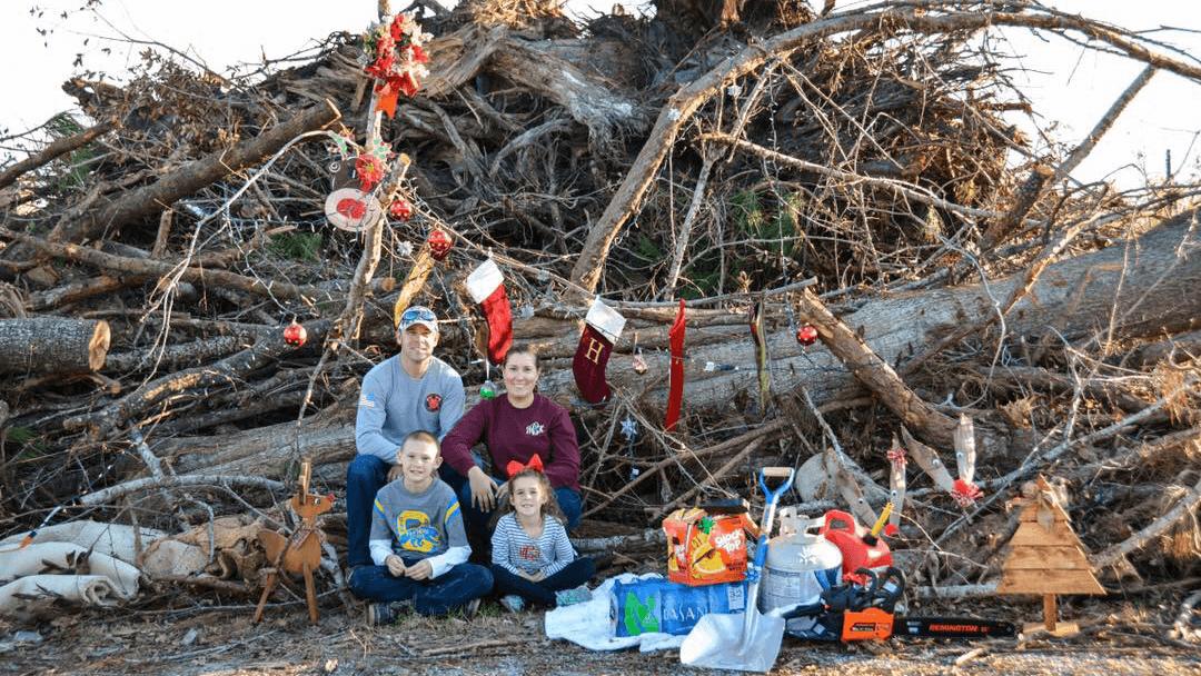christmas card florida hurricane michael_1542396960109.png-842137438.jpg