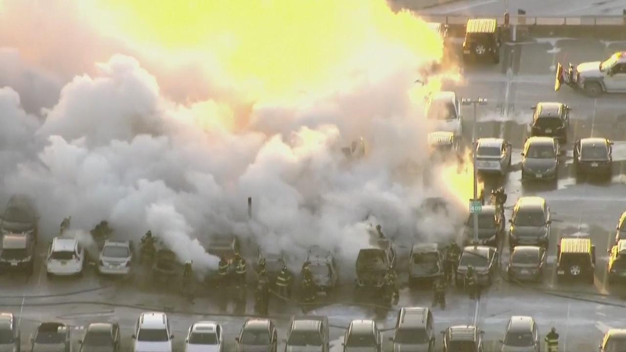 Newark Airport Fire_1548937933337.jpg