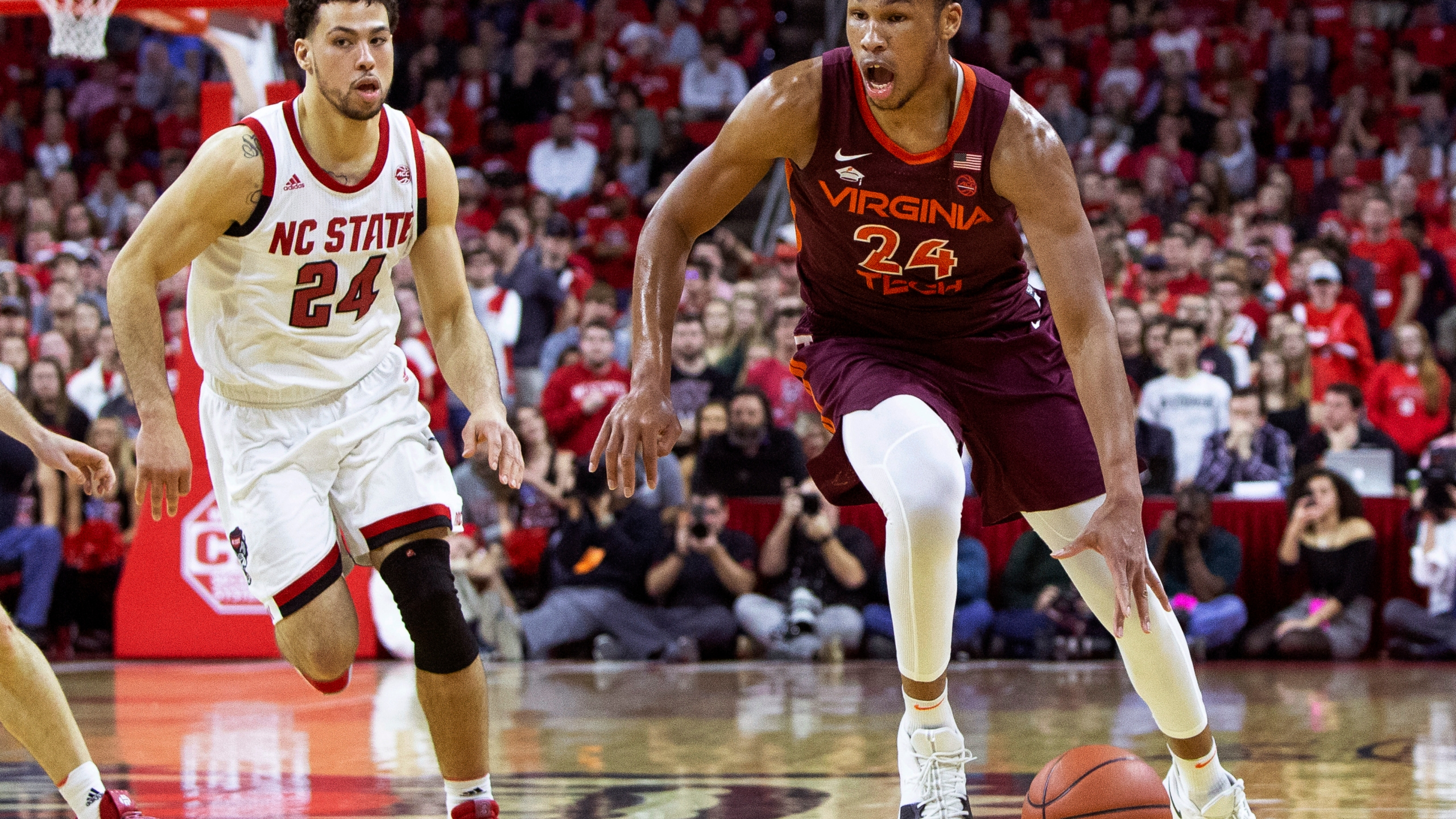 Virginia Tech North Carolina State Basketball_1549146596004