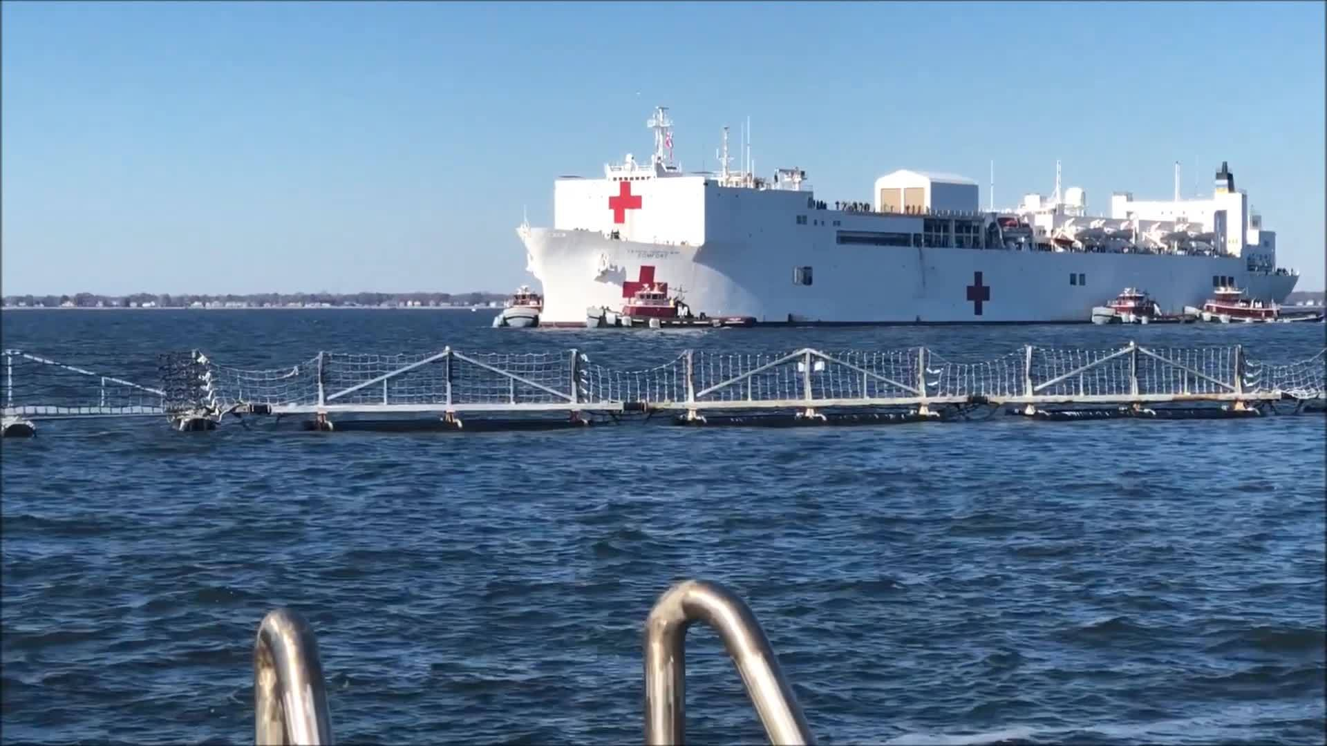 Navy_hospital_ship_USNS_Comfort_returns__7_20181218174833