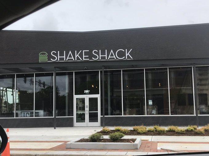 ShakeShack_1557855716099.jpg
