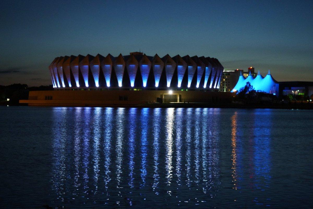 Hampton Blue Lights