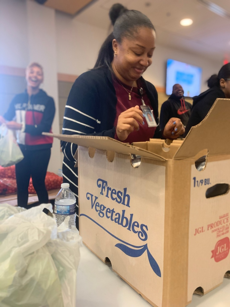 Tcc Portsmouth Hosts Pop Up Market After Recognizing Food Insecurity Among Students Wavy Com