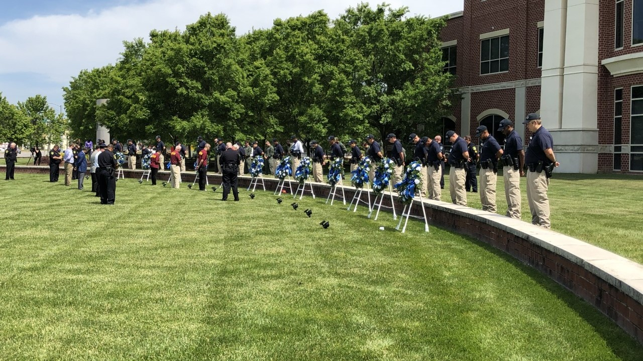 Newport News Police honor fallen officers in small prayer service Friday