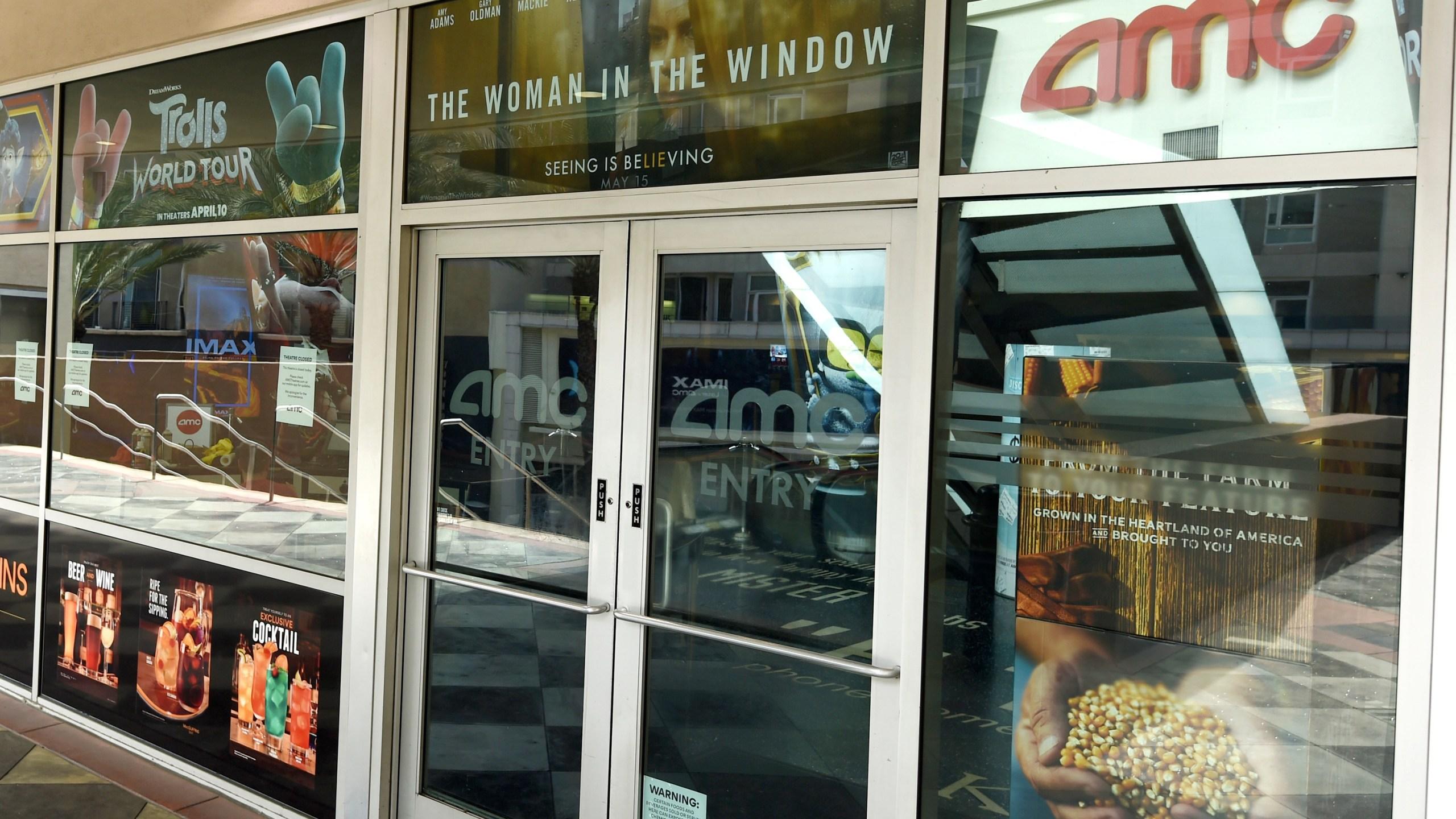Amc Universal Agree To Shrink Theatrical Window To 17 Days Wavy Com
