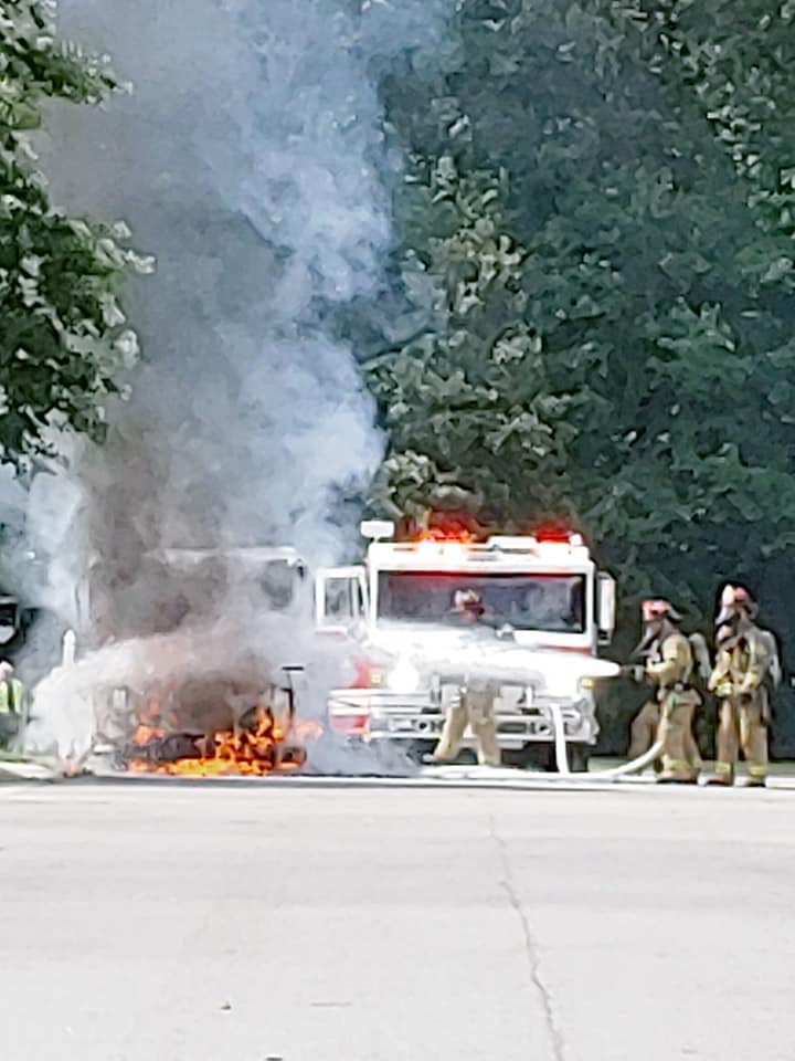 Usps Truck Catches Fire In Williamsburg Wavy Com