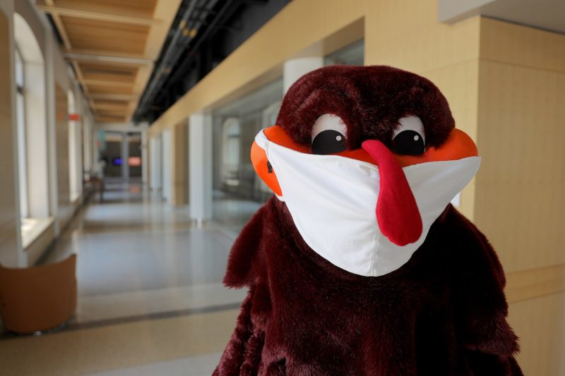 Virginia Tech Reports 238 New Covid 19 Cases Among Students Staff For The Week Wavy Com