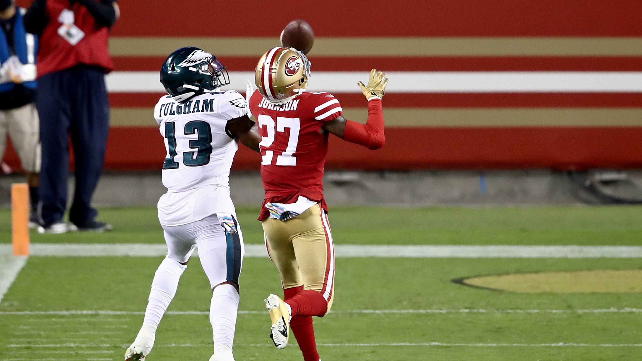 Video Former Odu Wideout Fulgham Scores First Nfl Touchdown In Eagles Win Wavy Com