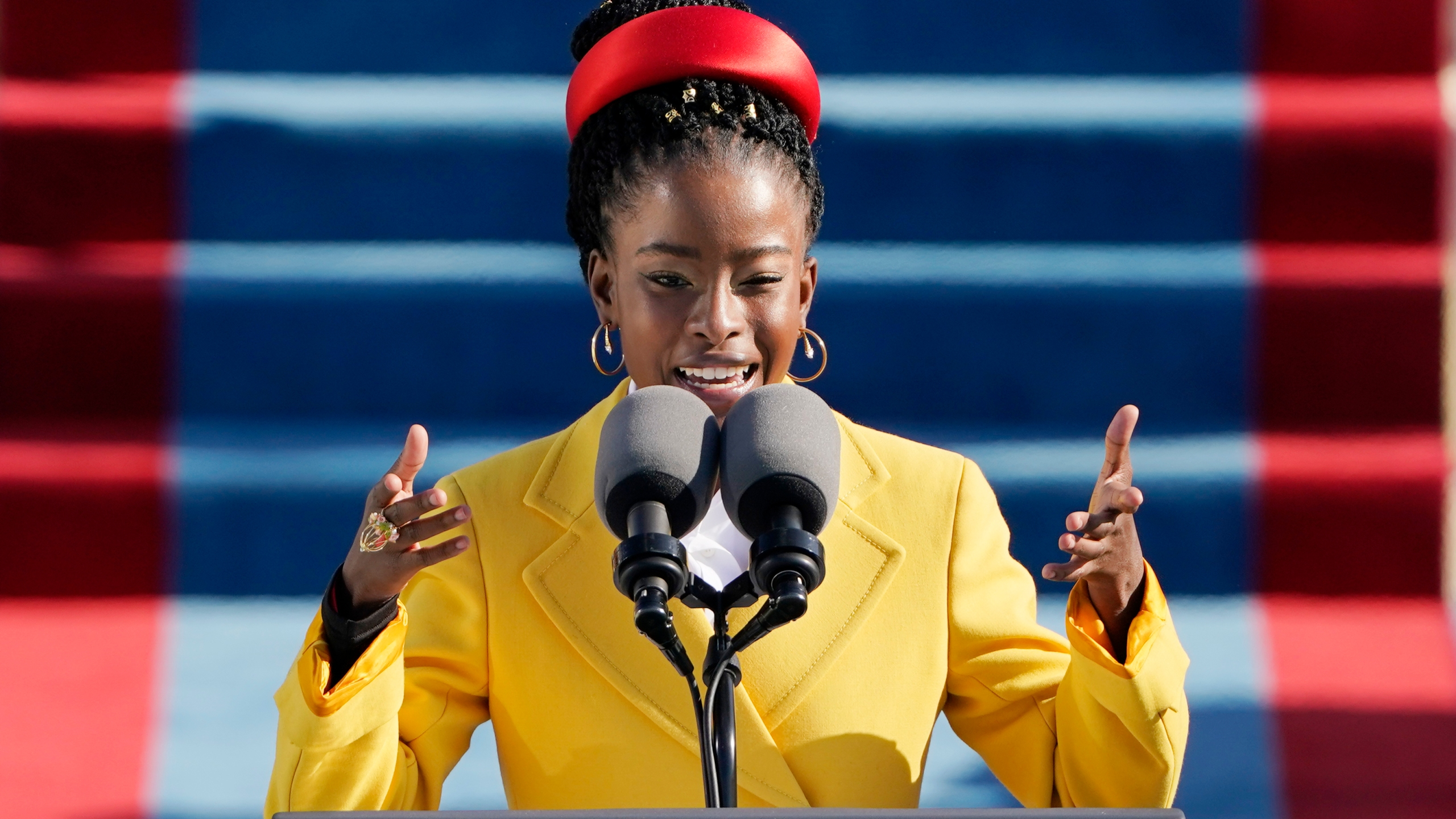 22-year-old Amanda Gorman, descendant of slaves, recites 'The Hill We  Climb' at inauguration | WAVY.com