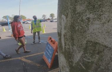 VOLUNTEER Hampton Roads looking for volunteers for vaccination clinics, Meals on Wheels